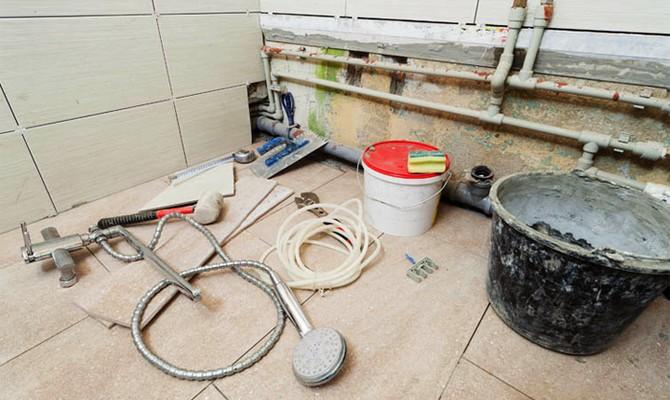 Готовим инструменты к ремонту ванной