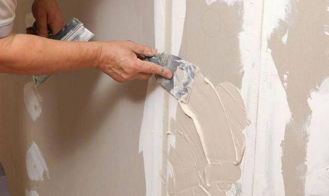 Подготовка к оклеиванию стен гипсокартоном