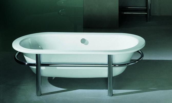 Современная стальная ванна