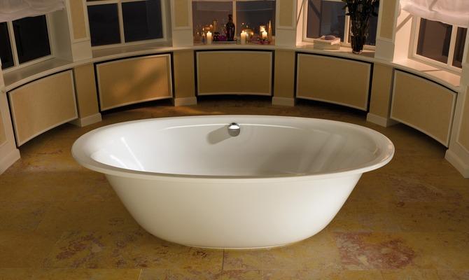 Овальная стальная ванна