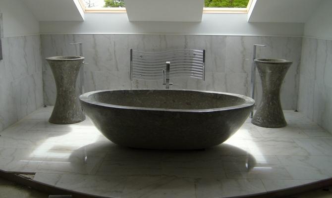 Ванна из природного камня