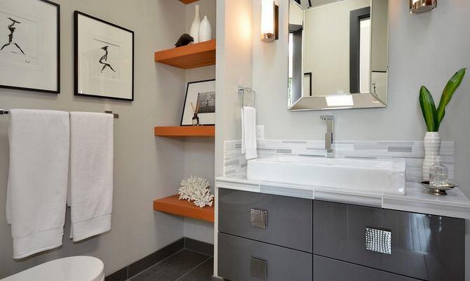 Полка-полотенцесушитель в ванную