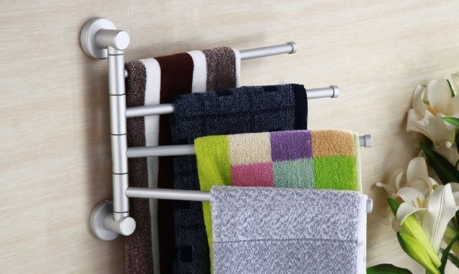 Крючки для полотенец в ванную