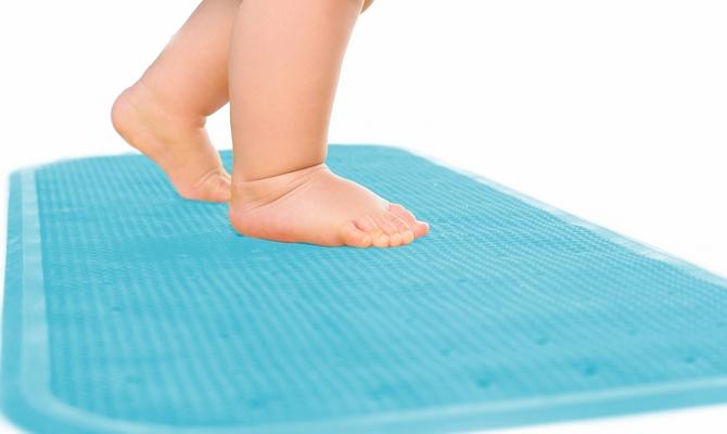 Особенности ухода за ковриками на резиновой основе