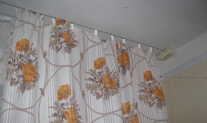 шторы на угловую ванну