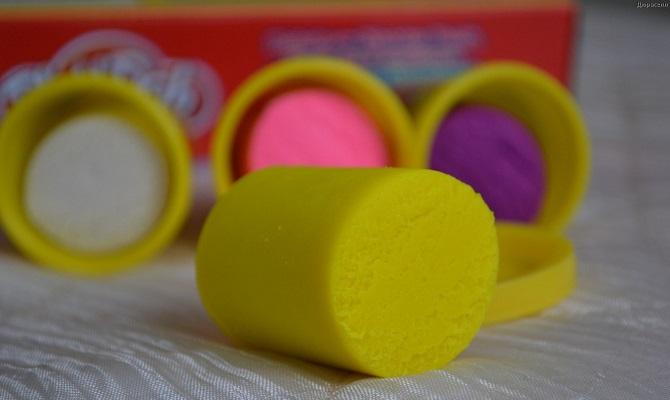 Как убрать пластилин с ковра (очистить, удалить с паласа)