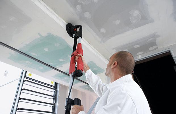 Распространенные методы снятия побелки с потолка
