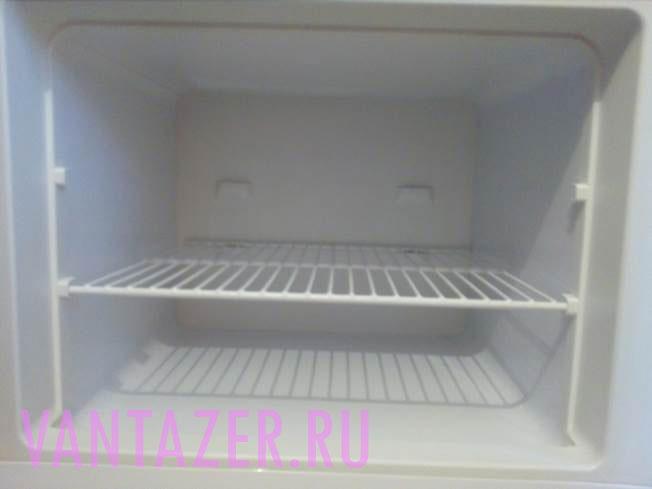 Как быстро отмыть морозильную камеру?