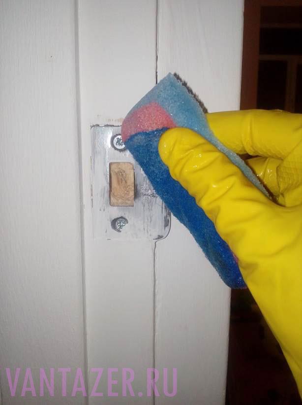 Как отмыть водоэмульсионную краску?