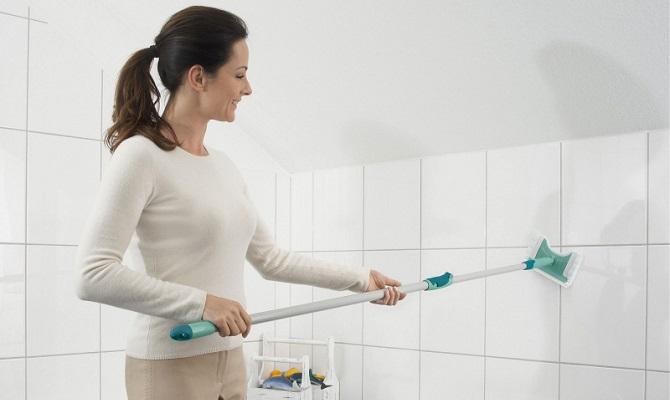 Чем отмыть плитку на полу после ремонта